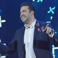 Omid Hajili - Delbar ( Live )