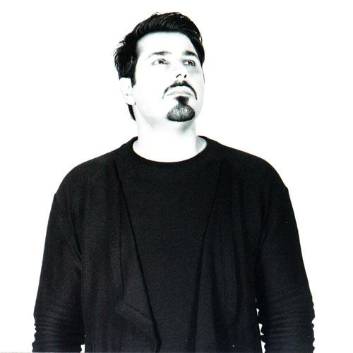 Ehsan Khajehamiri – Manam Misham Mesle Khodet