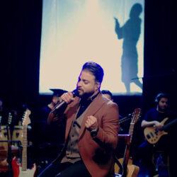 Babak Jahanbakhsh - Bi To Mimiram ( Live )
